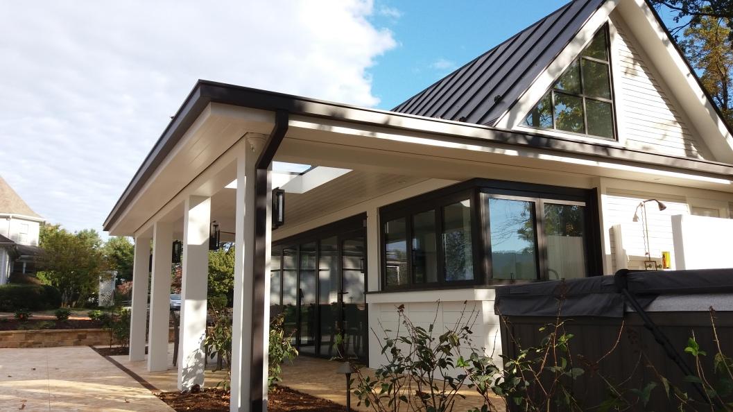 the cabana bar--with a sky window